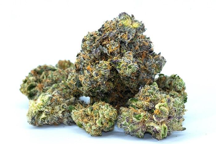 In Frankreich stehen Blüten von Cannabis light weiterhin im Mittelpunkt des Rechtsstreits