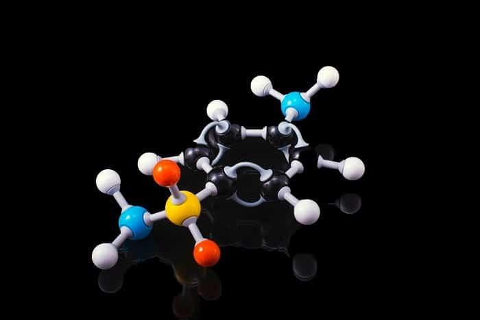 La creazione di una molecola in laboratorio presenta vantaggi per i produttori