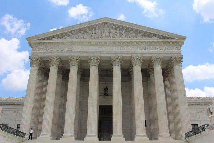 En 1983, la Cour Suprême américaine refuse de s'occuper de l'affaire Jack Herer