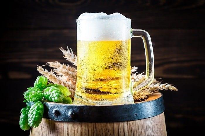 Bière au chanvre : définition, effets et intérêts aromatiques