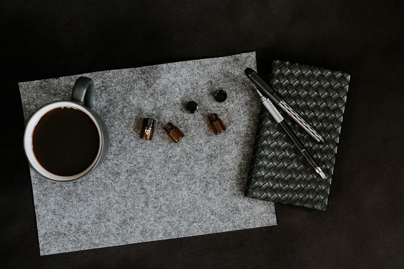 MCT-Öl wird für seine Vorteile angepriesen und beispielsweise in kugelsicheren Cafés verwendet