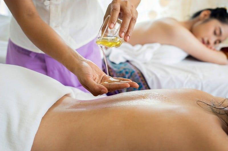 Utilizzo di oli da massaggio alla canapa CBD: vantaggi