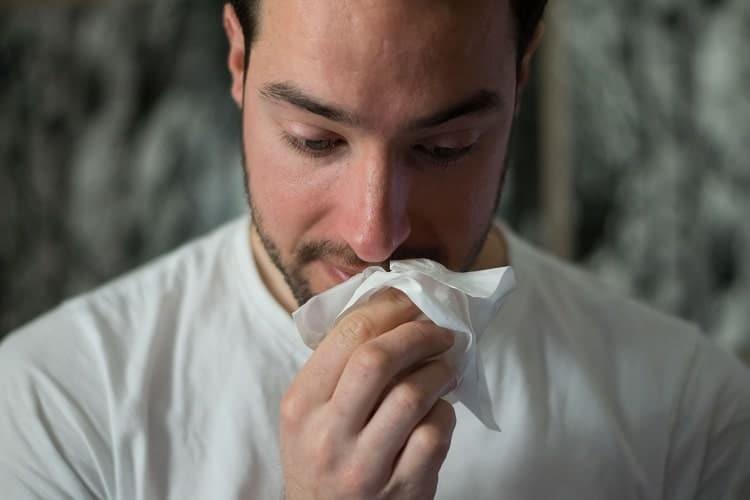 allergie cannabis problèmes respiratoires min