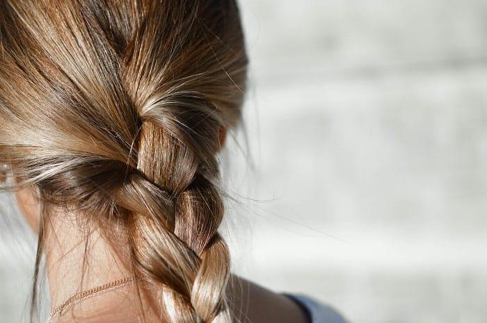 huile chanvre brillance cheveux min